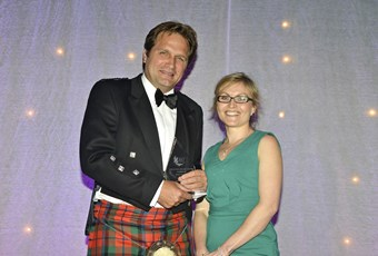 OG Lochy Porter collects prize at Scottish Rural Awards