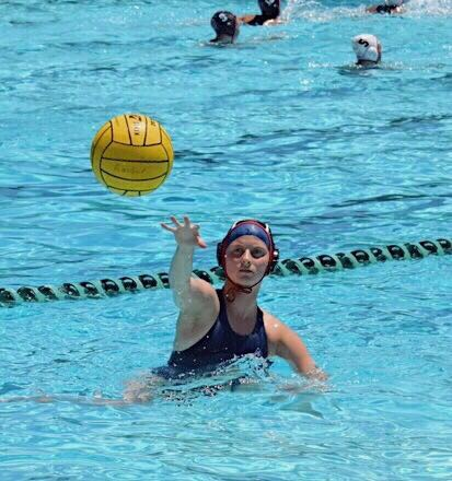 Lauren D Waterpolo 17